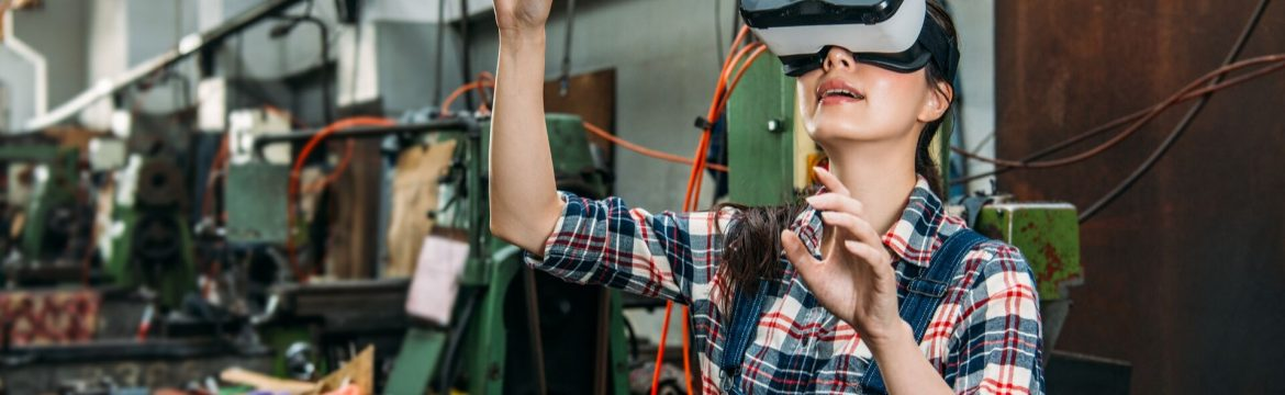 Virtual Reality Goggles For Manufacturing Training