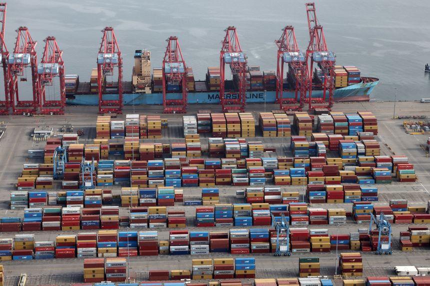 Cargo ships South California